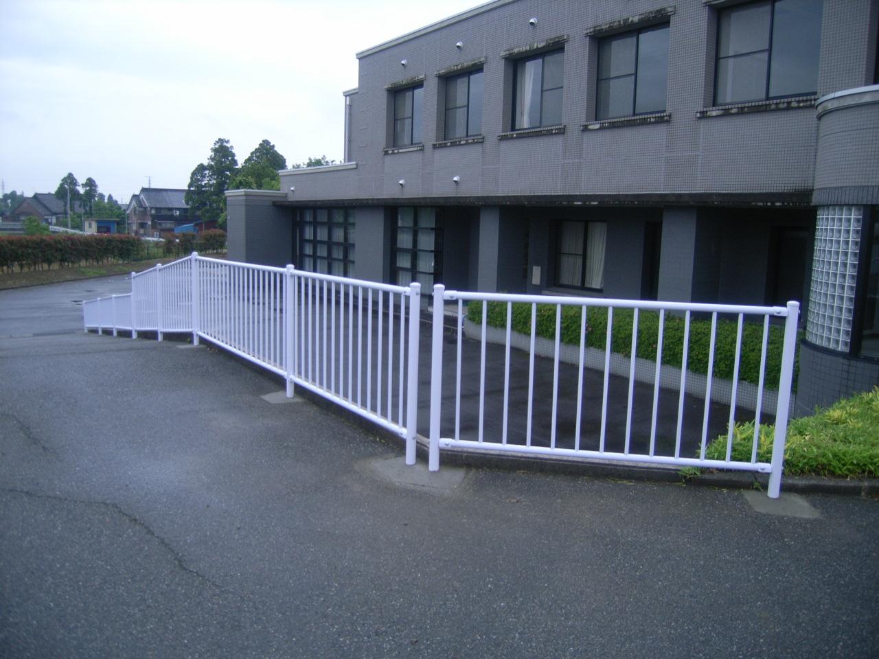 防護柵・防止柵(ガードレール・フェンス) 施工事例06