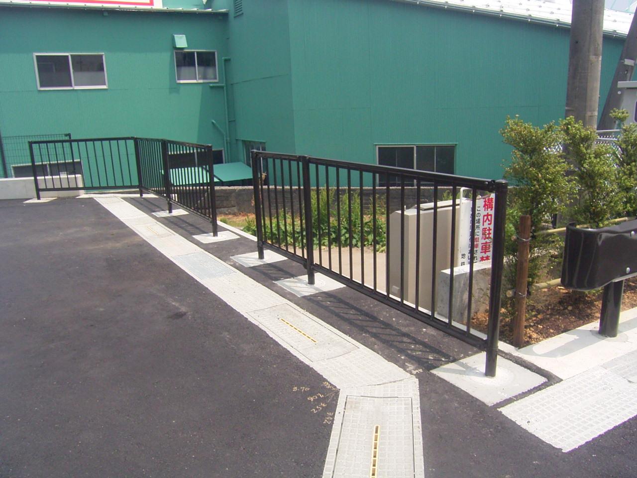 防護柵・防止柵(ガードレール・フェンス) 施工事例09