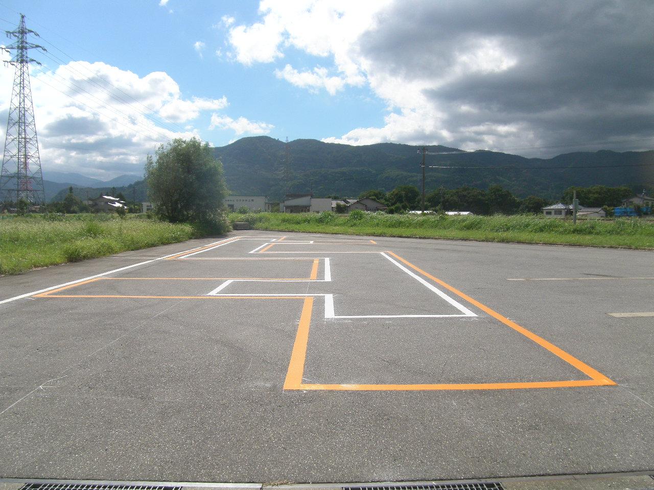 駐車場・白線ライン引き施工事例7