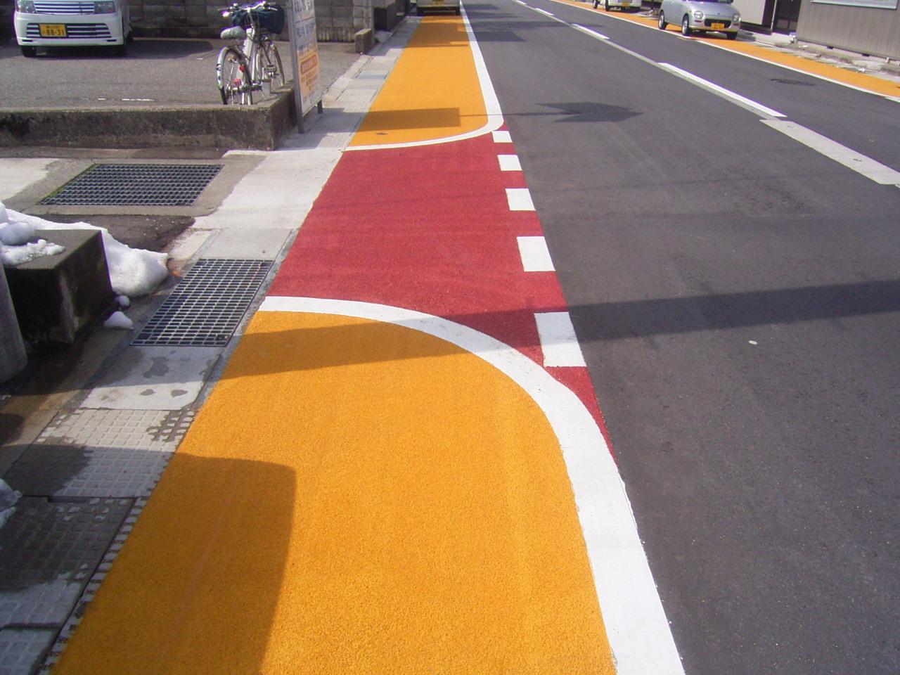 薄層カラー舗装(滑り止め)・路面カラー化 施工事例2