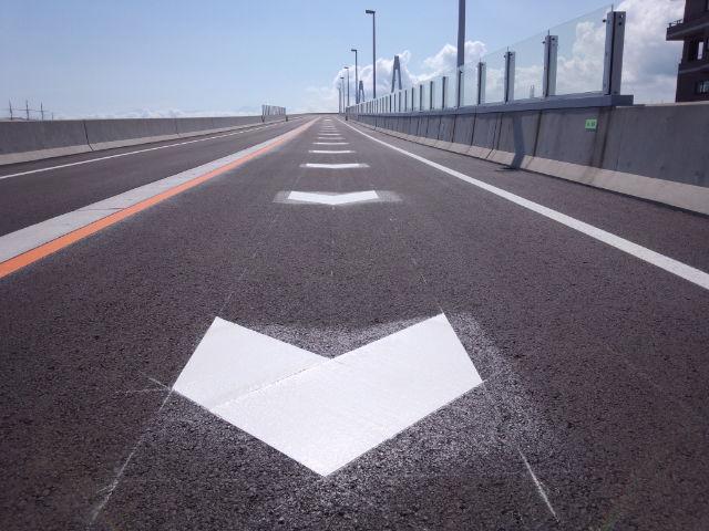 道路区画線(白線・ライン引き)3
