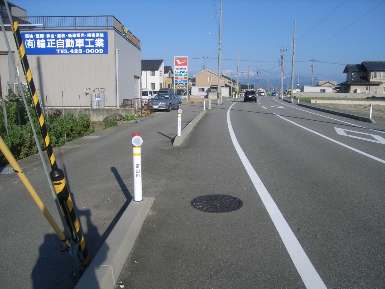 視線誘導標・線形誘導標(デリネーター) 施工事例11